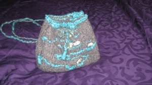 Fishy_bead_bag_3